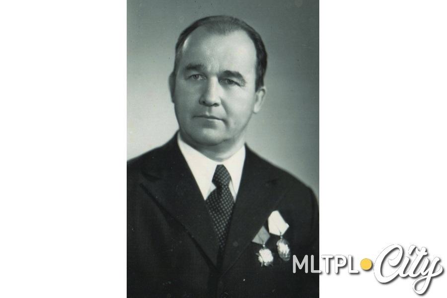 В 1983 году Ивану Мамаеву присвоено звание Герой Социалистического Труда