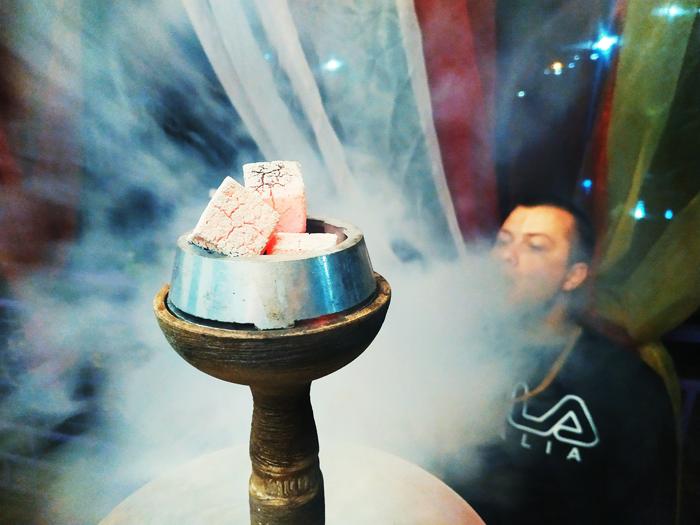 Кальян у караоке-кафе Relax