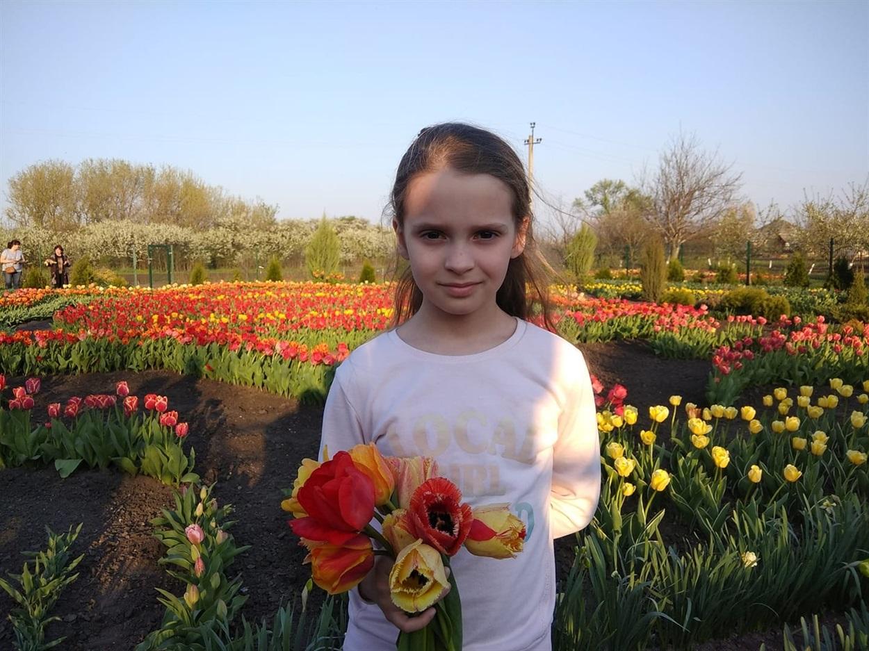 Дівчинка виграла сертифікат на 1000 гривень для походу у кафе «Непоседа»