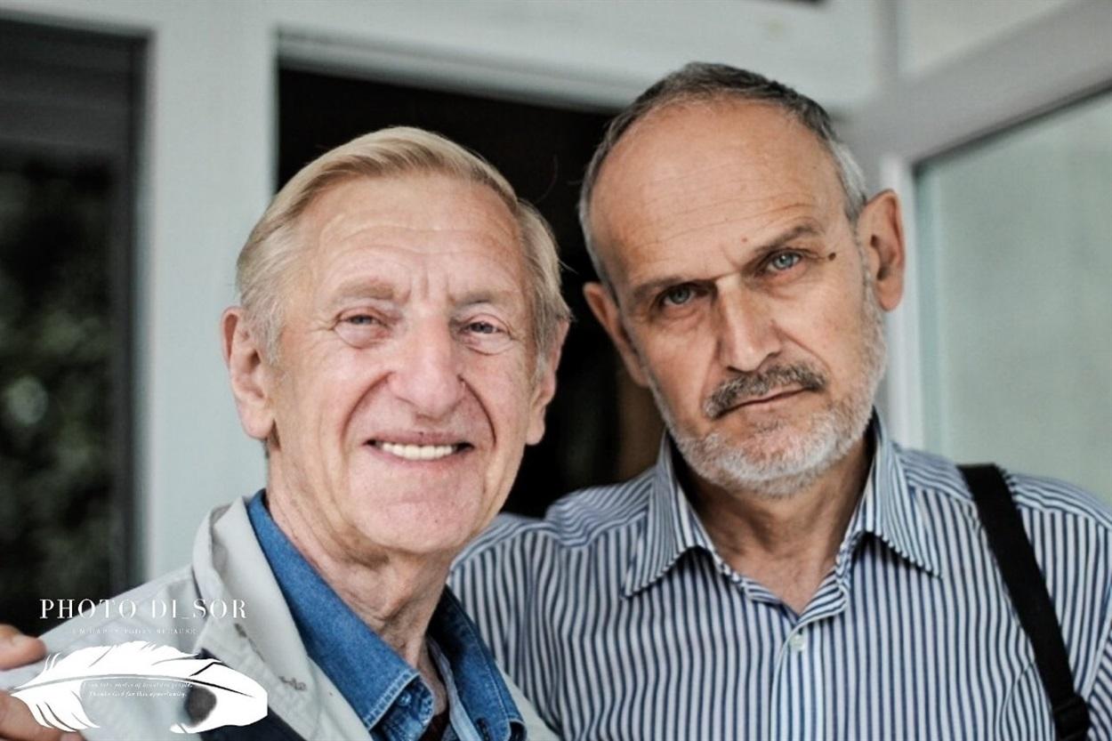Борис Герстен (зліва) з громадським діячем Чортківщини Олександром Степаненком у редакції Чортківської газети «Голос народу»