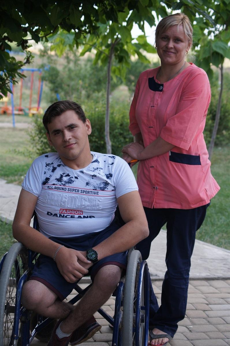 Дмитро з мамою