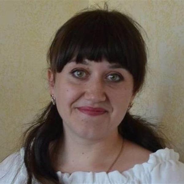 Інна Попова