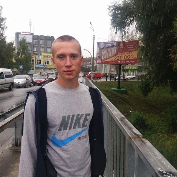 Роман Животков