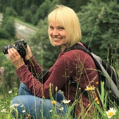 Яна Сладковська