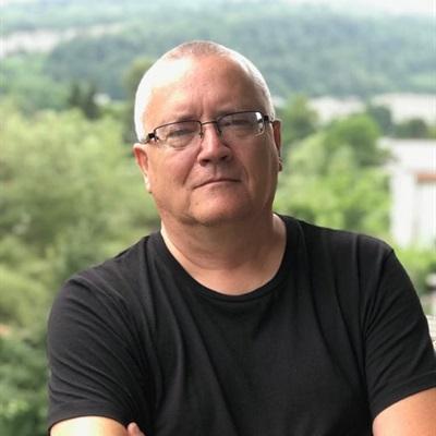 Игорь Бутров